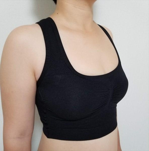 シンデレラマシュマロリッチナイトブラを着用した横からの画像